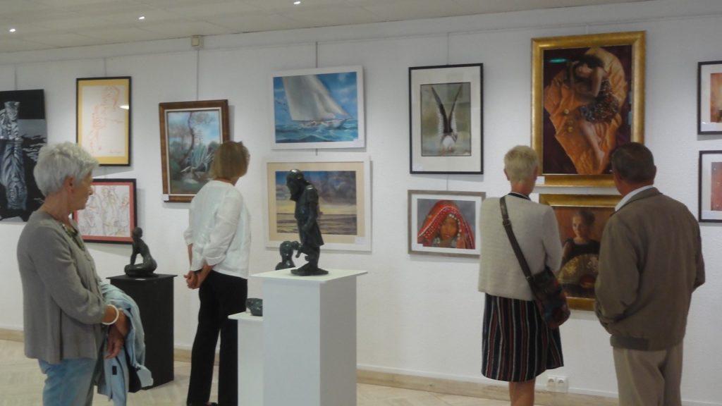 Exposition de peintures et scuptures à la Galerie d'Art