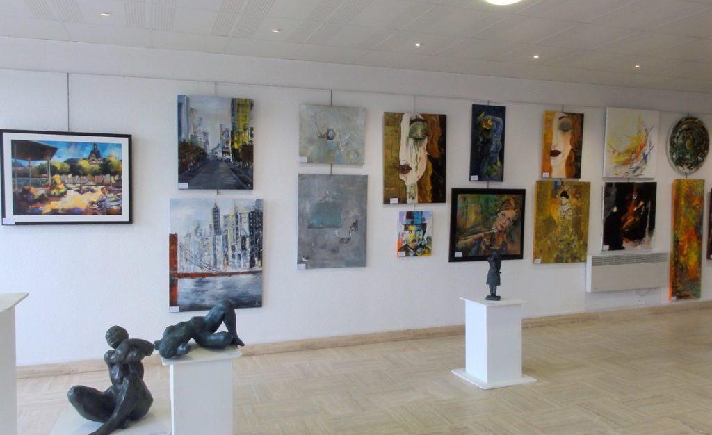 Galerie d'Art : exposition du Salon de la Peinture